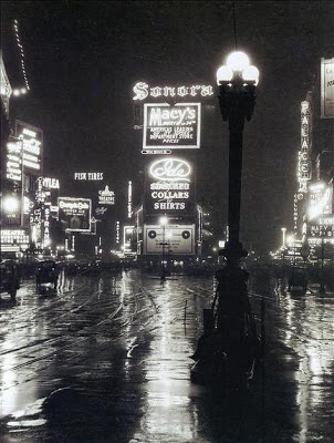 times square after the rain1923 120592 473 626